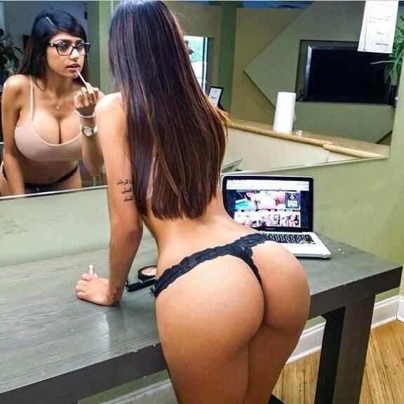 Mia Khalifa Nua Em Fotos E Videos Porno (1)