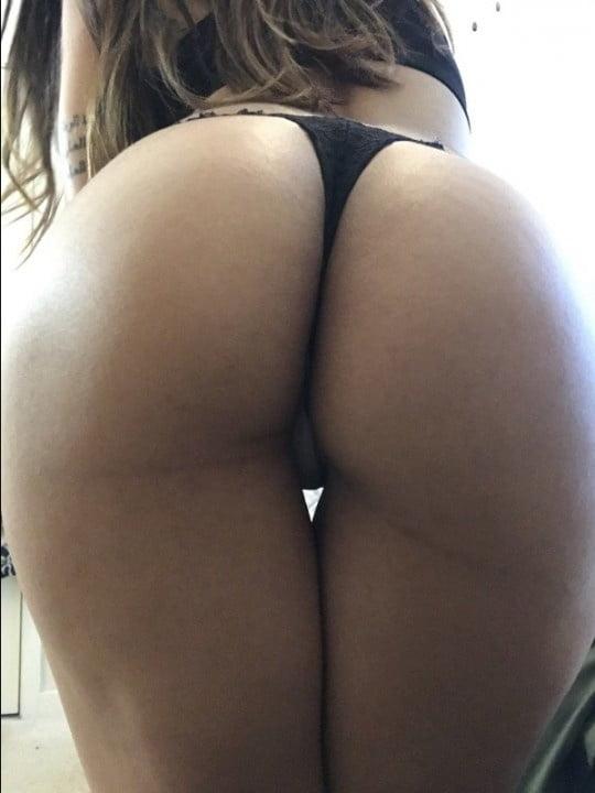 Mia Khalifa Nua Em Fotos E Videos Porno (19)