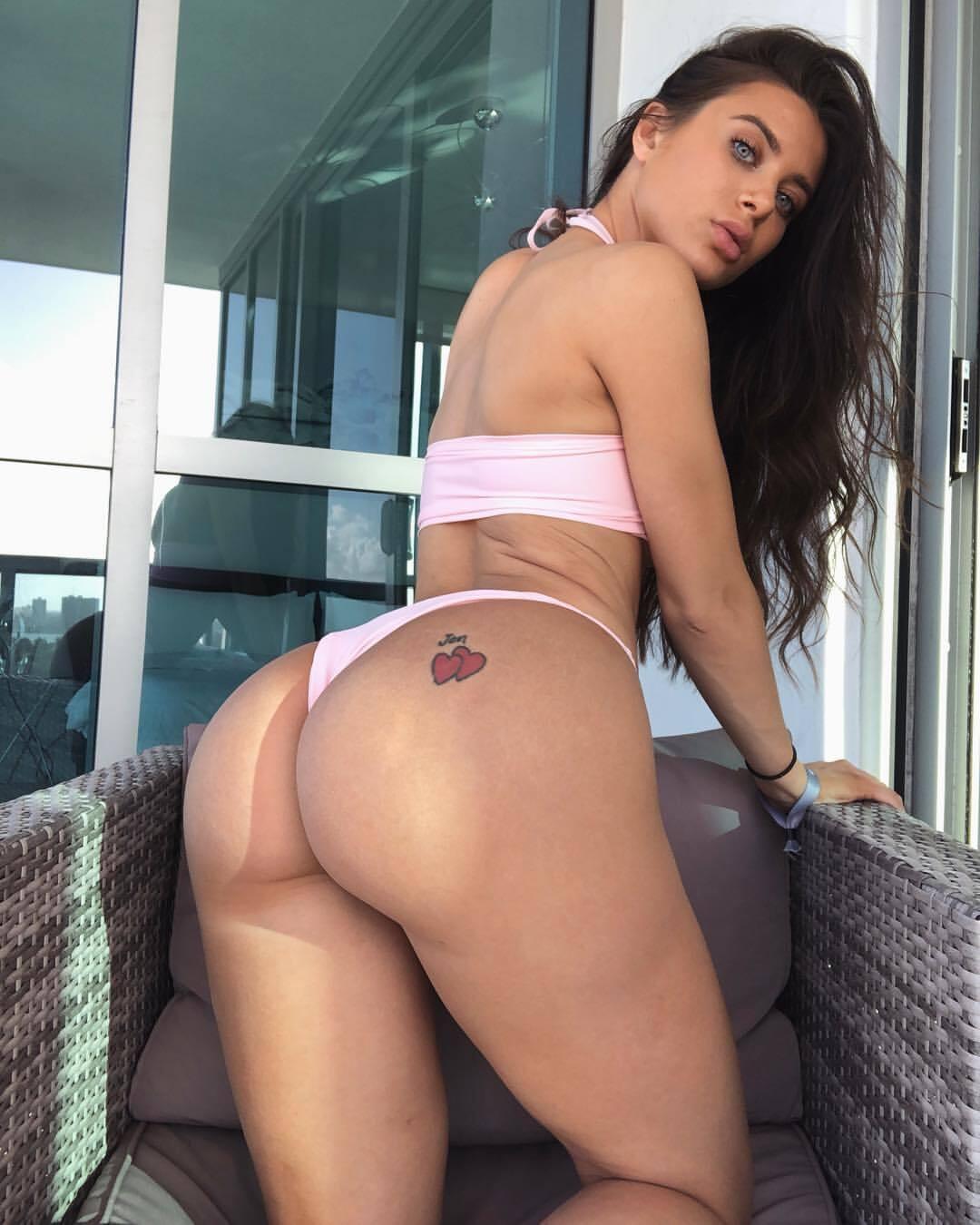 Lana Rhoades (6)
