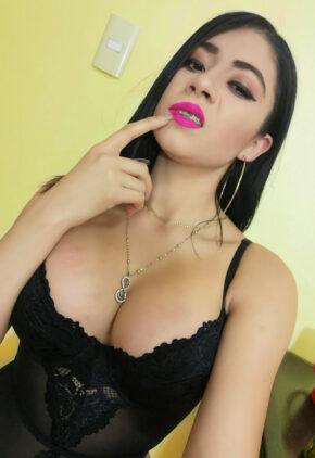Giselle Montes: famosinha gostosa do Twitter