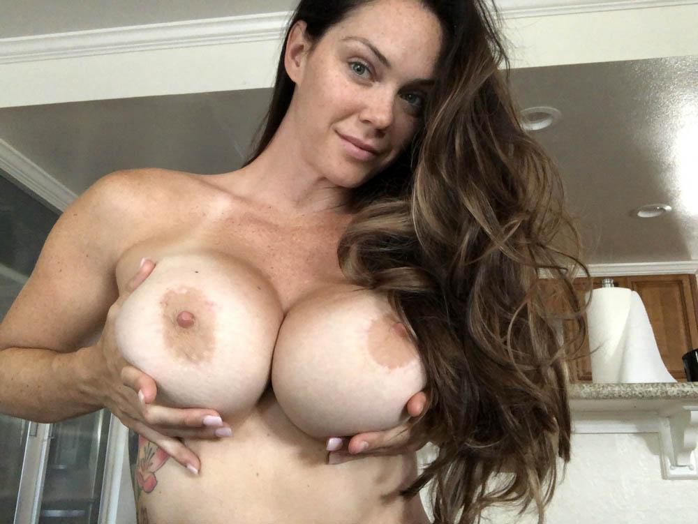 Alison Tyler (2)