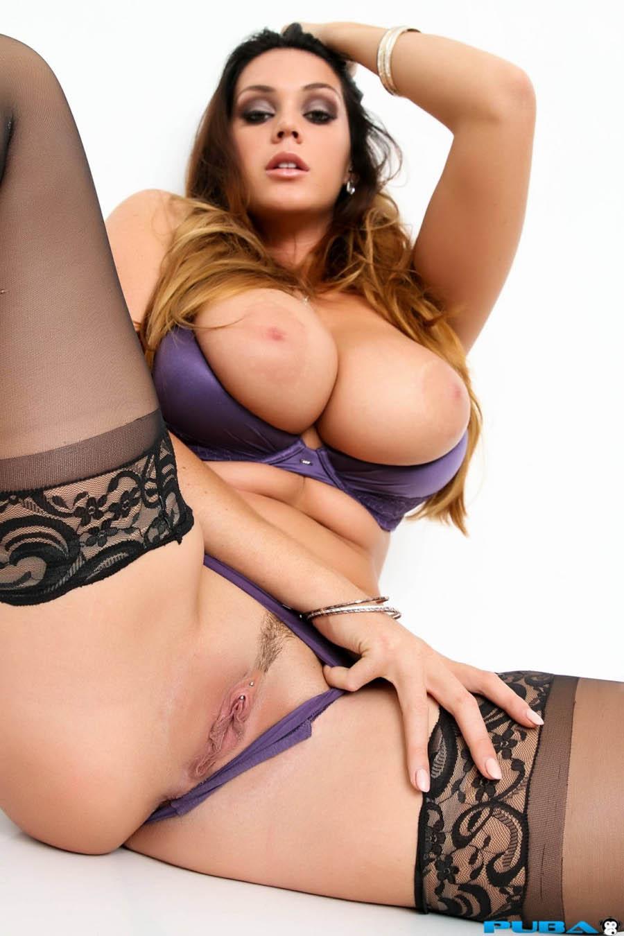 Alison Tyler (30)