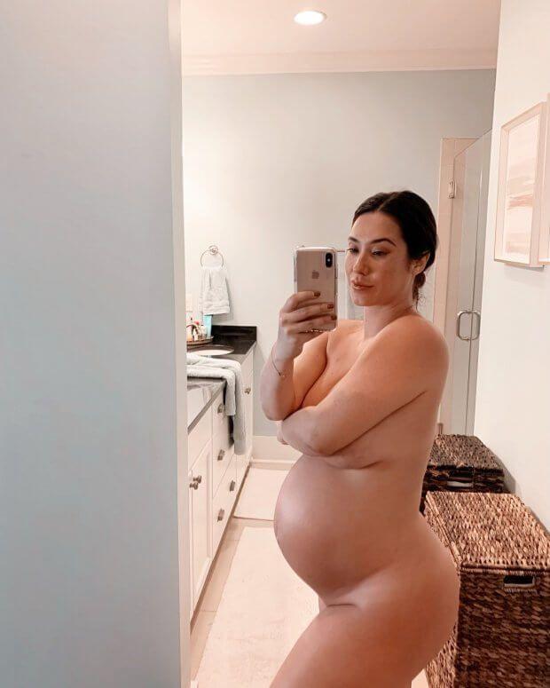 Atriz Pornô Eva Lovia Em Fotos Grávida (1)