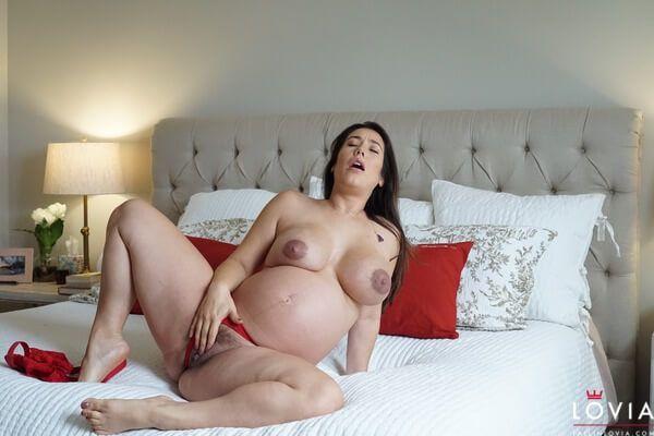 Atriz Pornô Eva Lovia Em Fotos Grávida (7)